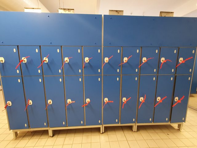 Laminate door leisure lockers