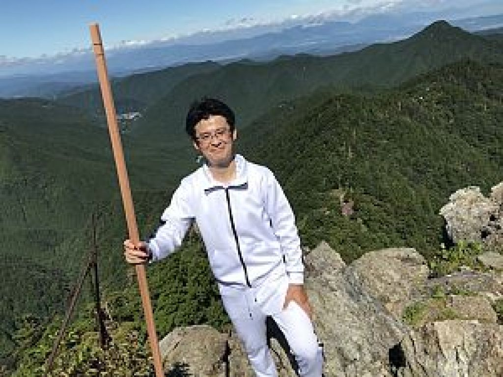 鐘掛け岩を登った後のパノラマ写真