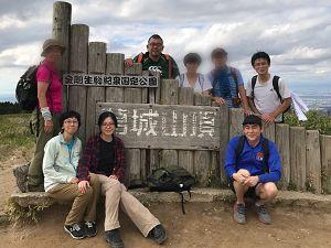 葛城山頂にて記念撮影