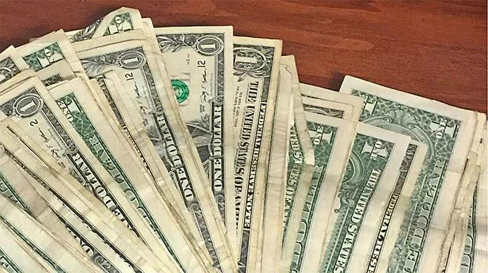 tip credit elimination Francisco Moya