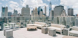 The Crown NYC Rooftop Bars Bar