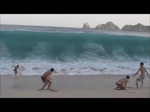 VIDEO: Unexpected Wave Compilation (CRAZY!)