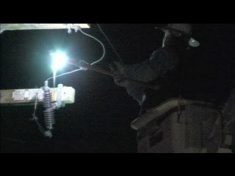 VIDEO: Utility Worker Cuts Live High Voltage Power Line To Stop Electrical Fire In Modesto, California