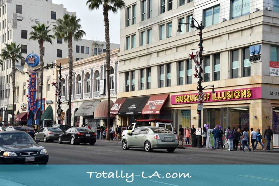 hollywood tourist attractions