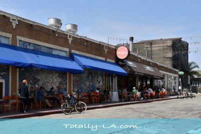 venice boardwalk restaurants