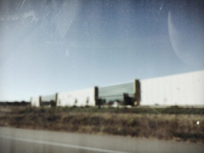 I'm beginning a scary experiment with blurring pictures... I'm sorry if you don't like my shots at the moment lol