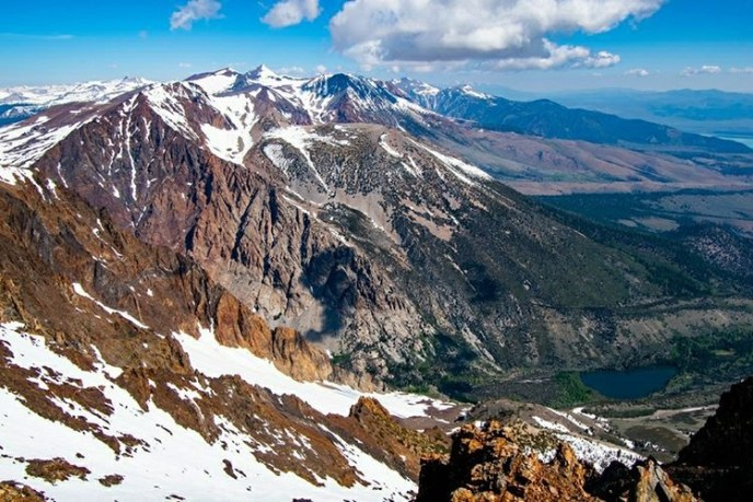 Tall mountains and deep canyons alternate as the Sierra Crest stretches north from Mt Wood.