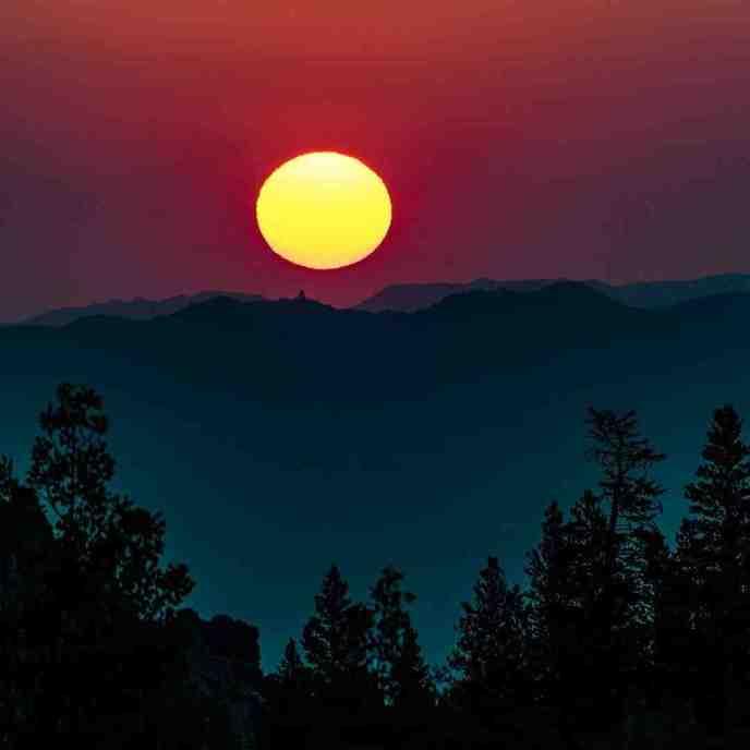 Sunrise at Onion Valley.