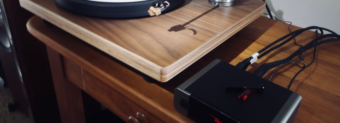 Dynavector DV 17DX, Well Tempered Versalex, P75mk4 phono stage, KLEI cables at Totall Wired