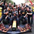 max-verstappen-monaco-grand-prix-2021 celebrating with red bull team