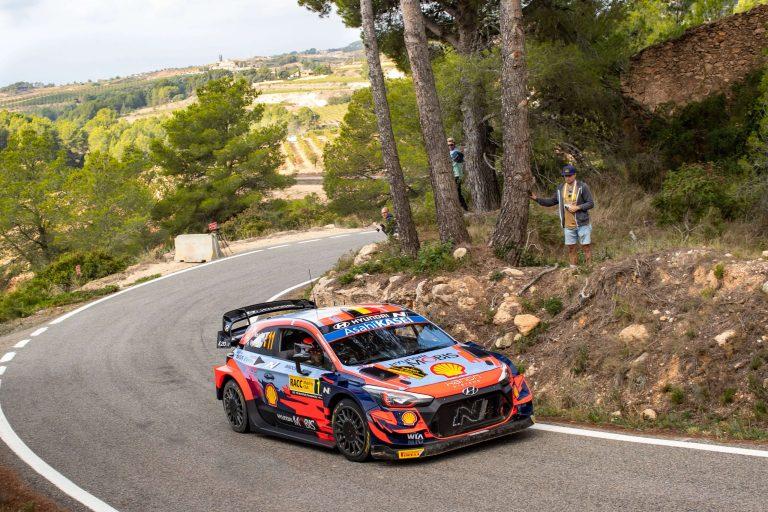 Rally Ισπανίας - 2η Μέρα: Πήρε ανάσα ο Neuville