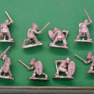 GG02 Gauls with sword