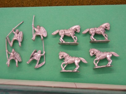 GG11  Gallic cavalry, Clipeus