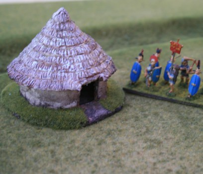 R15BH301 Iron Age Hut (Medium)