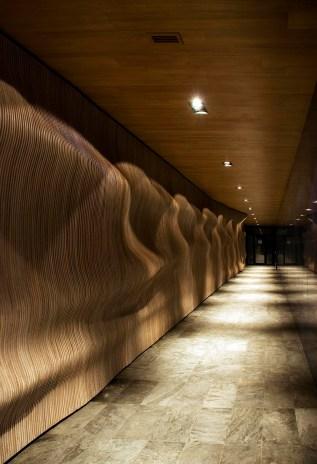 холл цокольного этажа