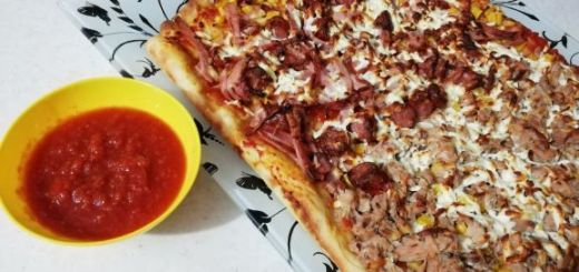 pizza facuta in casa