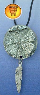 colgante mariposa de plata con pluma