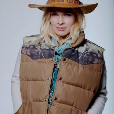 Kerstin & TOTeM Vest