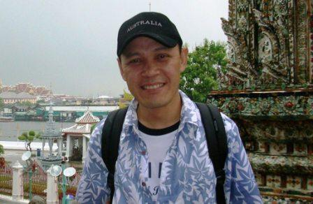 Me at Wat Arun Simple