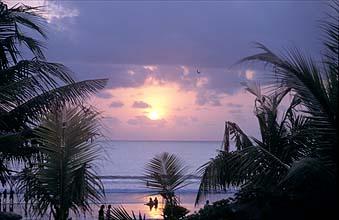 sunset-kuta-beach