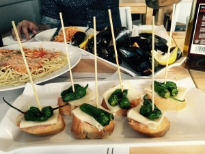 Our lunch of spaghetti, steamed mussels and more chillies