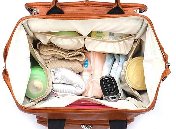 what goes in a baby changing bag