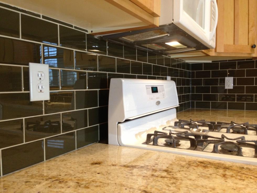 Kitchen backsplash tile installation | TOUCHDOWN TILE