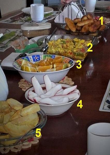 Festival, Ackee, Saltfish, Jamaican Apples, Brotfrucht