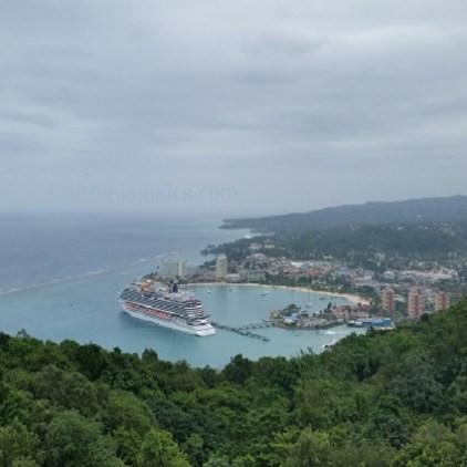 Aussicht vom Mystic Mountain Jamaika