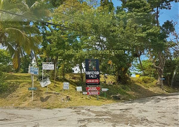 Nicht zu verfehlen: die Konoko Falls and Park in Ocho Rios auf Jamaika.