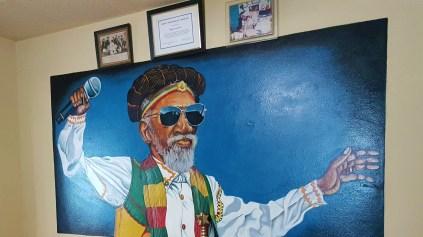 Bunny Wailer und die Bandgeschichte der Wailers werden im Wailers Museum in Kingston erzählt.