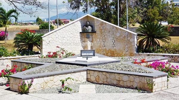 Dem Nationalhelden Marcus Mosiah Garvey wird im National Heroes Park in Kingston gedacht.