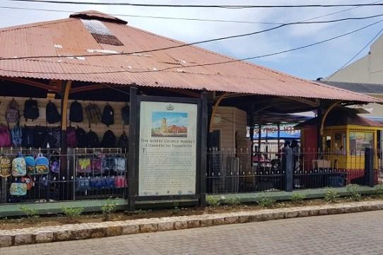 Stadtrundgang in Falmouth/Jamaika - Albert George Market