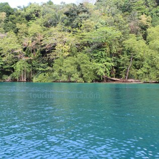 Bootsfahrt durch die Blue Lagoon in Jamaika