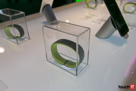 HTC-9