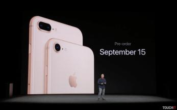 iphone8_keynote_Snímka obrazovky 2017-09-12 o20.17.15