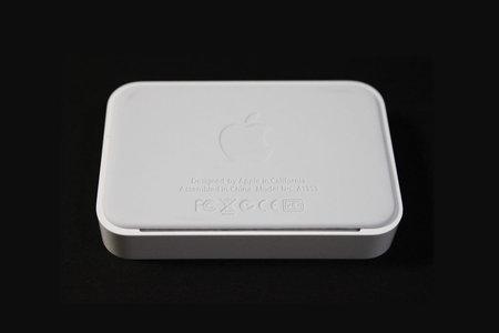 apple_iphone4_dock_3.jpg