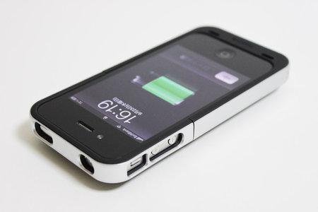 juice_pack_air_for_iphone4_0.jpg