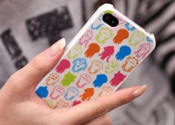 strapya_iphone_nameko_case_1.jpg