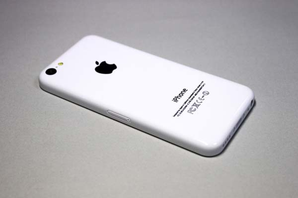 iphone5c_display_mock_05
