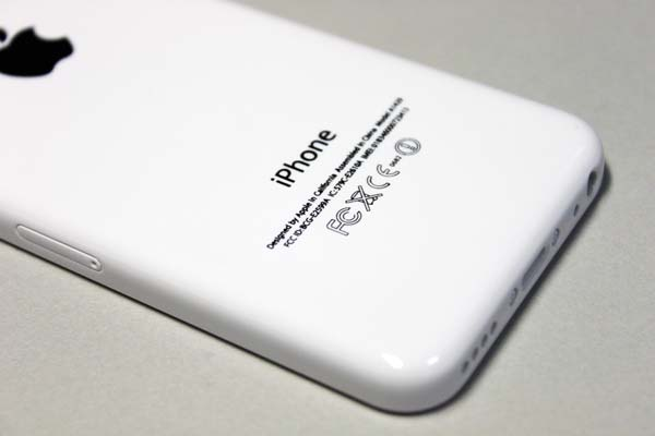 iphone5c_display_mock_06