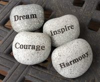 Stenen, dream, inspire, courage, harmony