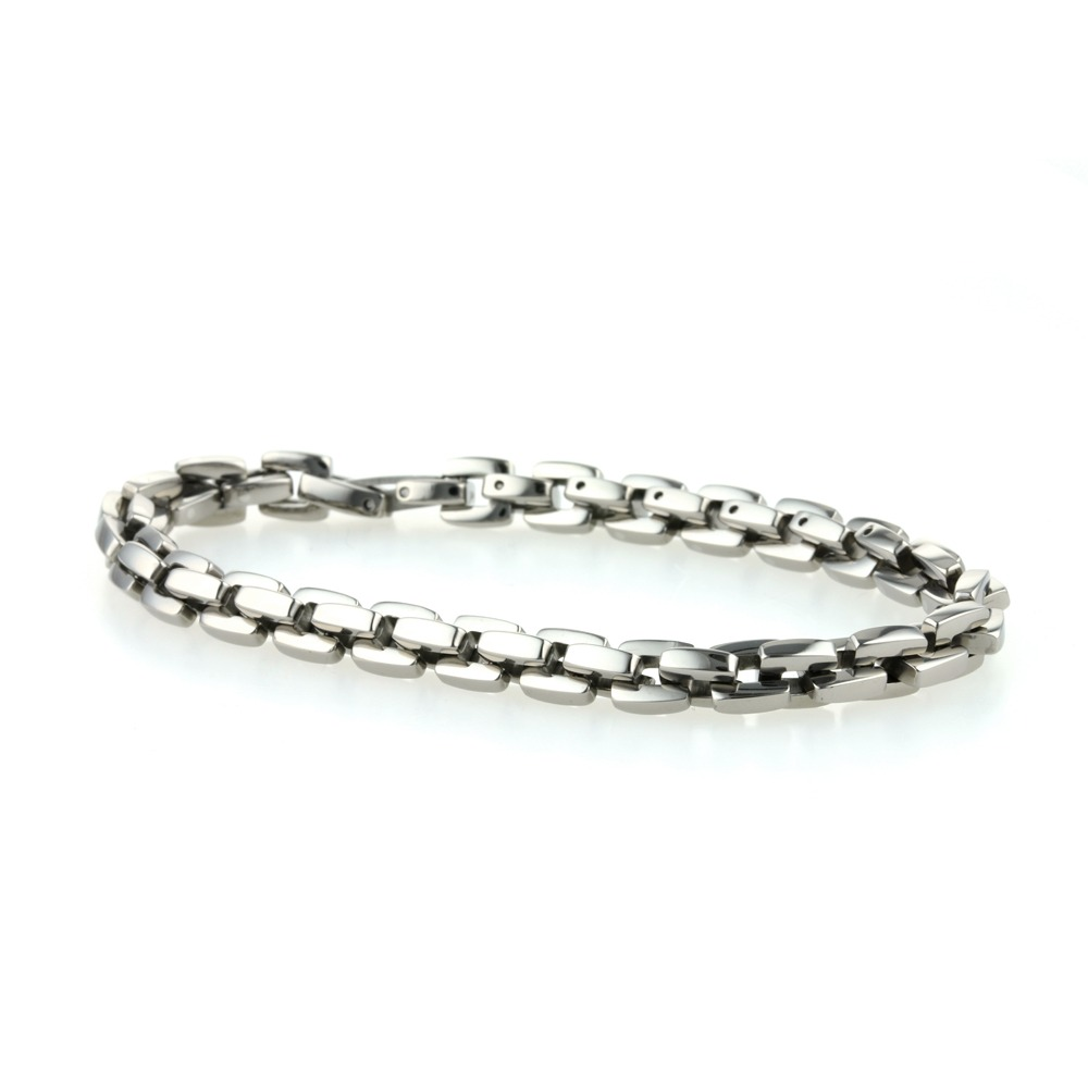 Titanium executive chain bracelet on TouchTitanium.com Unbelievably lightweight and comfortable executive men's titanium bracelet. 100% hypoallergenic on the skin, stylish, pairs beautifully with a suit and designed to last a lifetime.