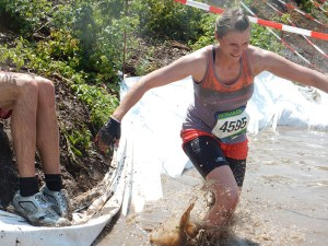 Mudiator Run 2015, Hindernis Mud Mountain Wassergraben