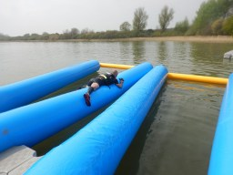 Hindernislauf England, Rat Race Dirty Weekend 2016, Wasserhindernis