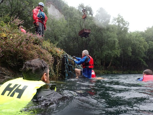 Rat Race Man vs. Mountain, Hindernislauf Wales, Wasser