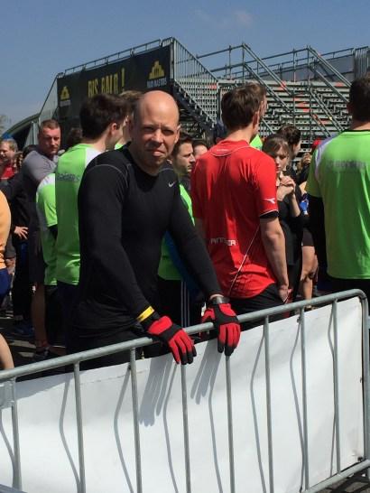 Mud Masters Obstacle Run 12 km, Hindernislauf Deutschland, Auf den Start wartend