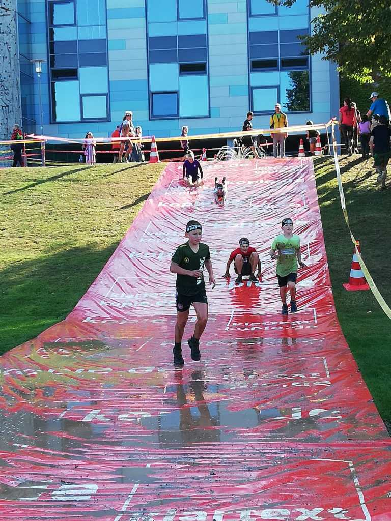 Great Barrier Run Kids, Hindernis Rutsche