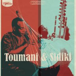 Le virtuose de la kora, Toumani Diabate, et son fils Sidiki proposent un nouvel album, Toumani & Sidiki, sorte de passage de témoins entre deux générations dans lequel plusieurs héros sont célébrés, comme Cheikh Modibo Diarra