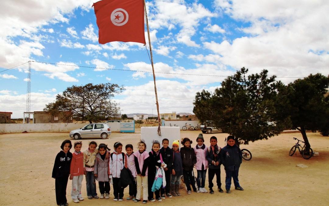 آفاق التعليم في تونس بين مطرقة التلقين وسندان الترميم…